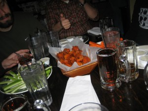 Wing_Off_7_NYC_Best_hot_wings_old_town_tavern_wogies_120708_013