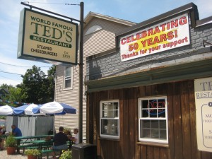 Ted's Steamed Cheese Burger 080809 001