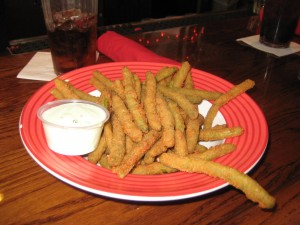 Cedar_Point_TGI_Fridays_review_burger_conquest_cedar_point_fried_green_beans_102409 045