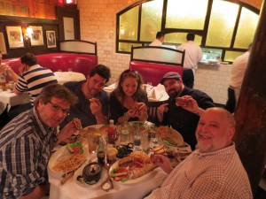 Minetta_Tavern_Burger_Conquest_George_Motz_051813_5726