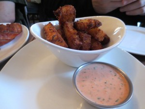 Wing_Off_21_NYC_Best_hot_wings_fatty_crab_distilled_111713_6458