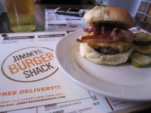 Brother_Jimmys_Burger_Shack_review_nyc_pitcher_of_beer_071210_0211_cheeseburger