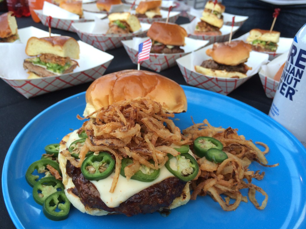 Burger_Beast_Burger_Brawl_Miami_Burger_Week_Burger_Conquest_Burger_Maker_Magic_City_050914_4867