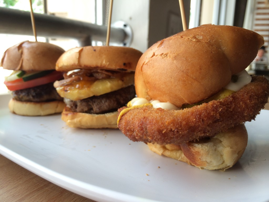 Miami_Burger_Week_End_Burger_Conquest_FL_Pincho_Factory_Burger_Brunch_Burger_Maker_051014_5020