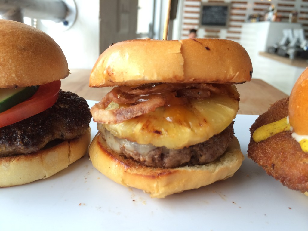 Miami_Burger_Week_End_Burger_Conquest_FL_Pincho_Factory_Burger_Brunch_Burger_Maker_051014_5023