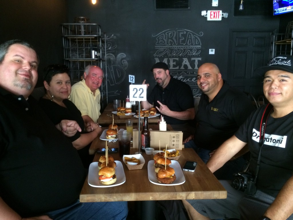 Miami_Burger_Week_End_Burger_Conquest_FL_Pincho_Factory_Burger_Brunch_Burger_Maker_051014_5035