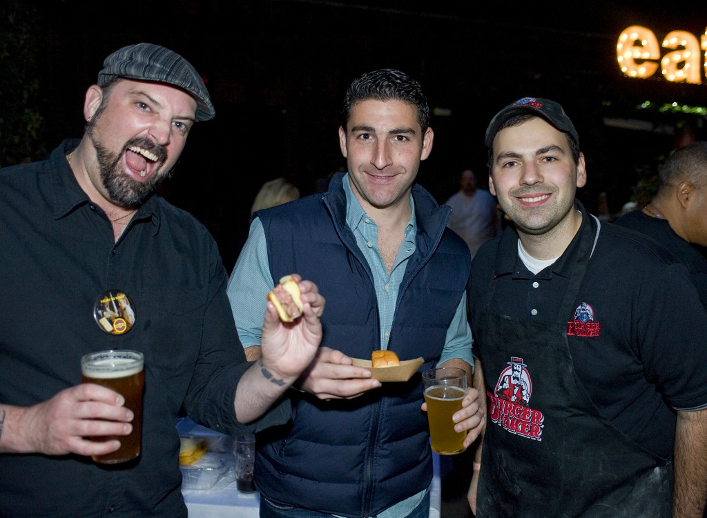 NY_The_Burger_Week_NYC_2014_Event_NY_Burger_Feast_Hudson_Hotel_Bash_NY_Burger_Feast_Burger_Maker__0189