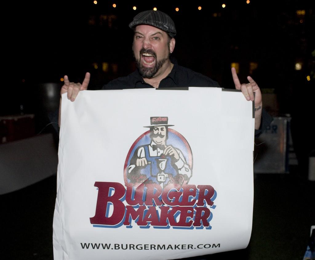 NY_The_Burger_Week_NYC_2014_Event_NY_Burger_Feast_Hudson_Hotel_Bash_NY_Burger_Feast_Burger_Maker__0207