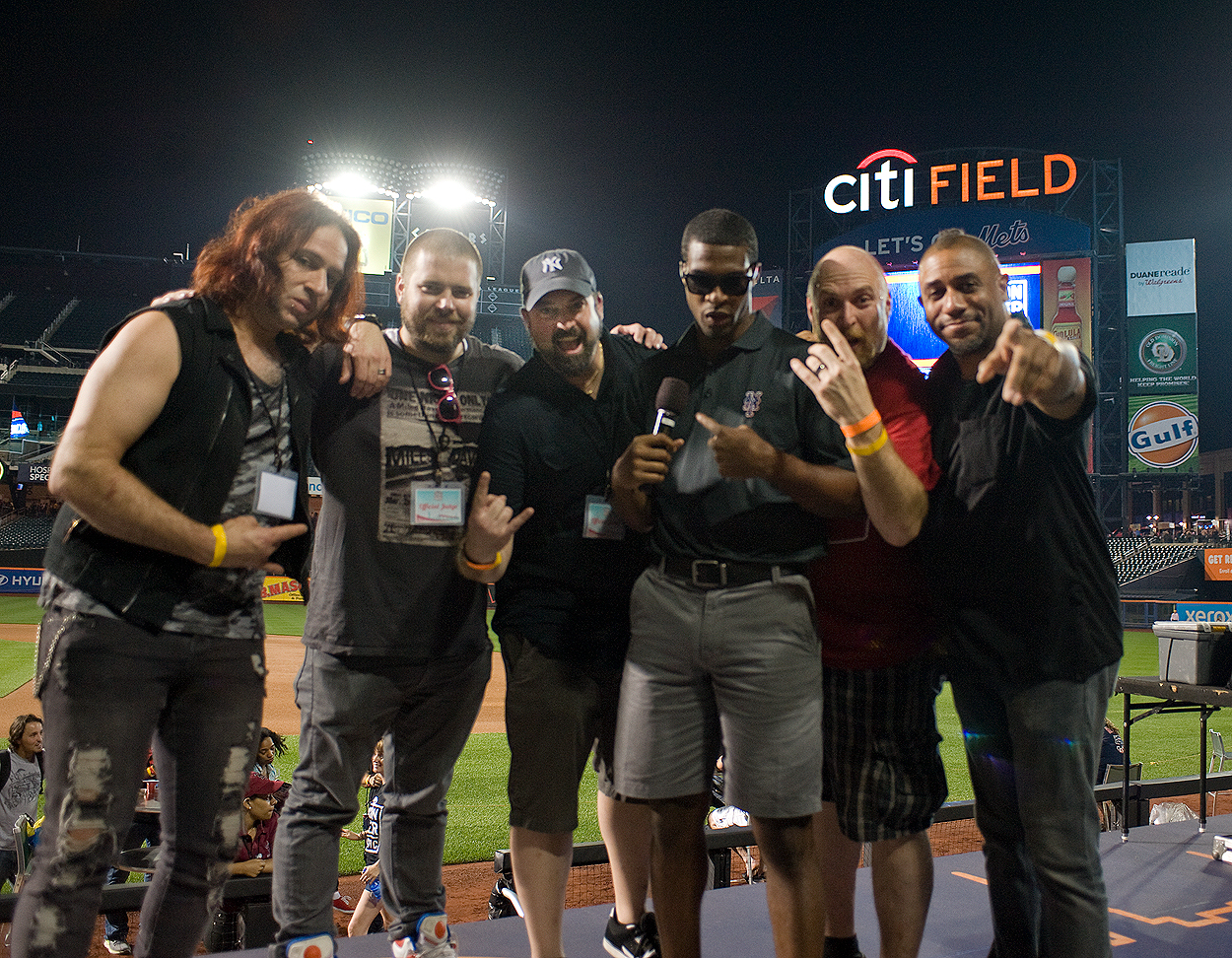 bacon_and_beer_classic_nyc_citi_field_2014_burger_conquest_winners_photos_information_57