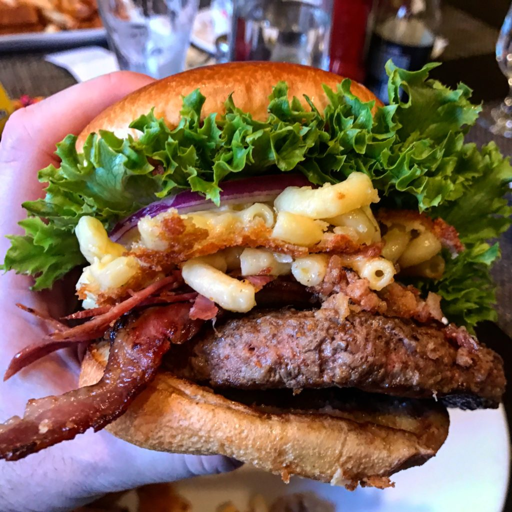 the-quiet-man-public-house-peekskill-burger