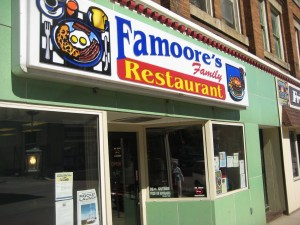 Famoores_Family_restaurant_Oil_City_Pennsylvania_Burger_conquest_rev_ciancio_092509 007