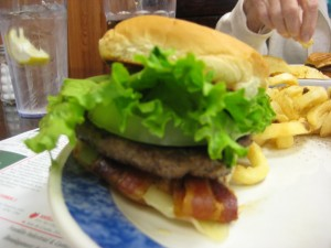 Famoores_Family_restaurant_Oil_City_Pennsylvania_Burger_conquest_rev_ciancio_092509 013