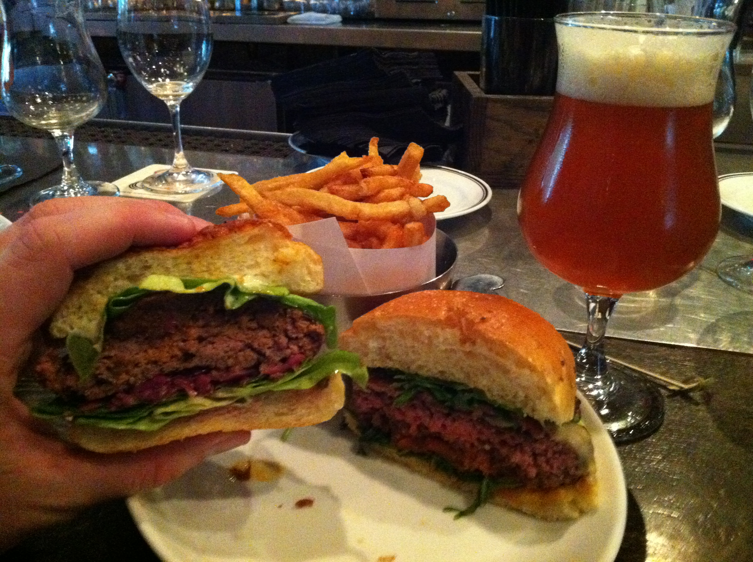 dbgb kitchen and bar craft beer and burger pairings. Black Bedroom Furniture Sets. Home Design Ideas