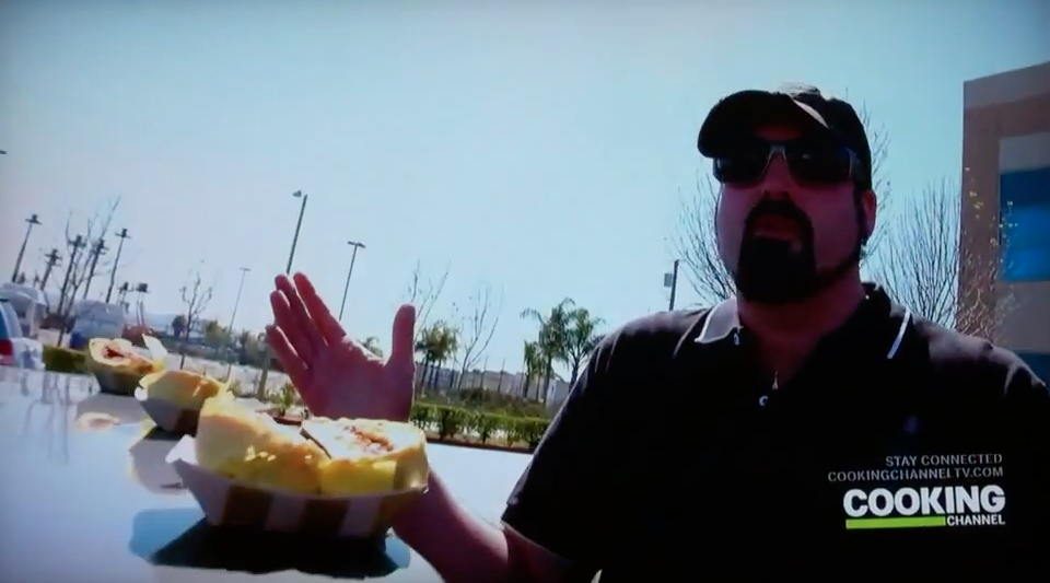 david-rev-ciancio-expert-burger-taster-eat-street-cooking-channel-grill-em-all 9.58.26 AM