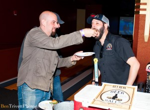 NY_Burger_Week_Get_Real_Presents_Beer_Bowling_Burger_Festival_Bowlmor_050313__0026