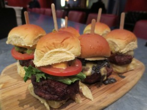 NY_Burger_Week_Get_Real_Presents_Beer_Bowling_Burger_Festival_Bowlmor_050313__5550