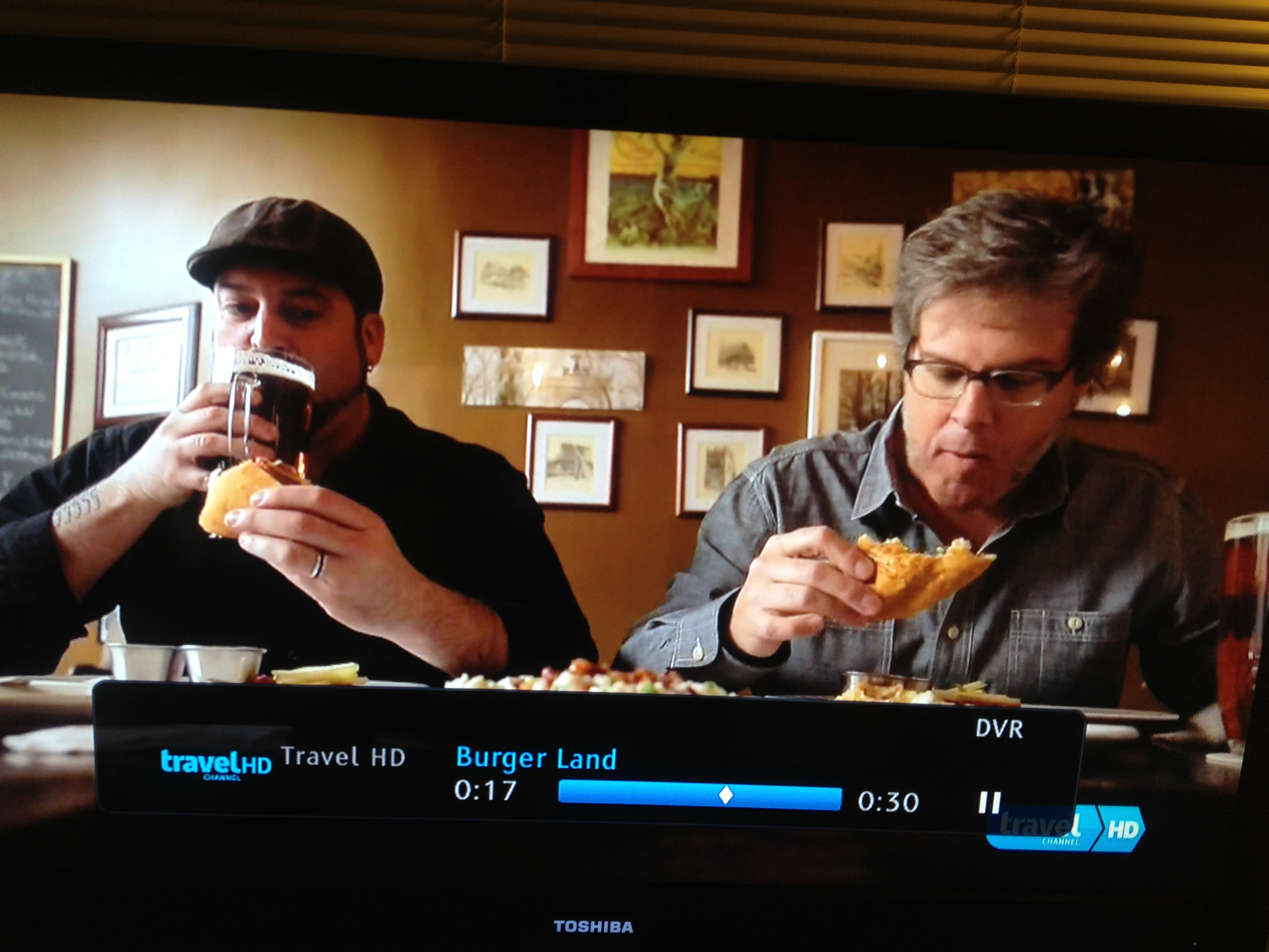 david-rev-ciancio-expert-burger-taster-burger-land-motz-burger-famous-tv_0136