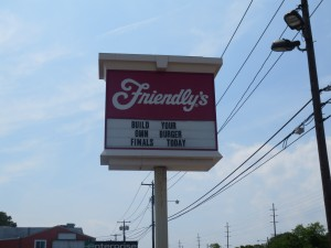 Friendlys_Build_the_Best_Burger_Contest_Massapequa_Long_Island_NY_060913_5729