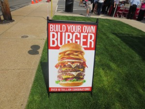 Friendlys_Build_the_Best_Burger_Contest_Massapequa_Long_Island_NY_060913_5730