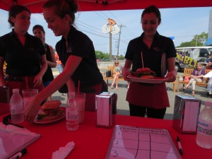 Friendlys_Build_the_Best_Burger_Contest_Massapequa_Long_Island_NY_060913_5741
