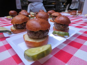 Amstel_Light_Battle_Of_The_Burger_Timeout_Tasting_Table_Richad_Blais_Hudson_Common_NYC_082113_6100