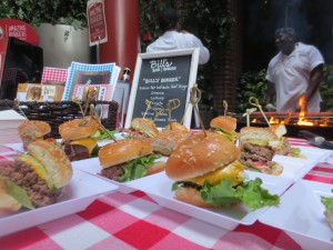 Amstel_Light_Battle_Of_The_Burger_Timeout_Tasting_Table_Richad_Blais_Hudson_Common_NYC_082113_6114