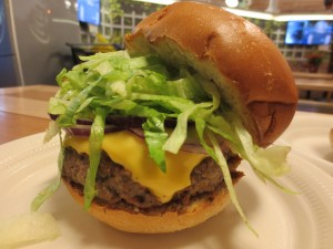 Shoprite_Village_Food_Garden_Burger_Livingston_NJ_100113_6124