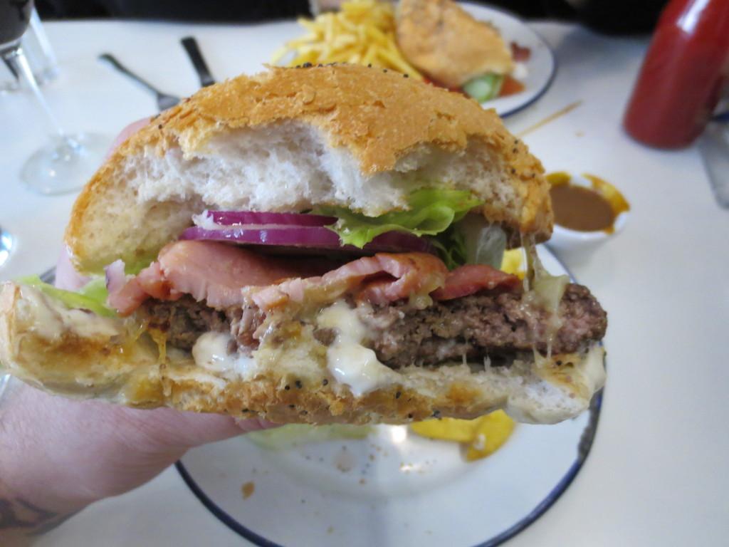Bobos_Gourmet_Irish_Burgers_Dublin_Ireland_Anniversary_Vaction_110813_6284