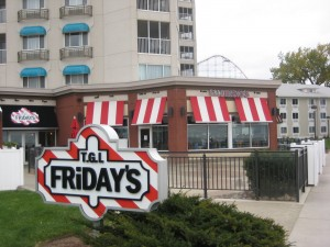 Cedar_Point_TGI_Fridays_review_burger_conquest_cedar_point