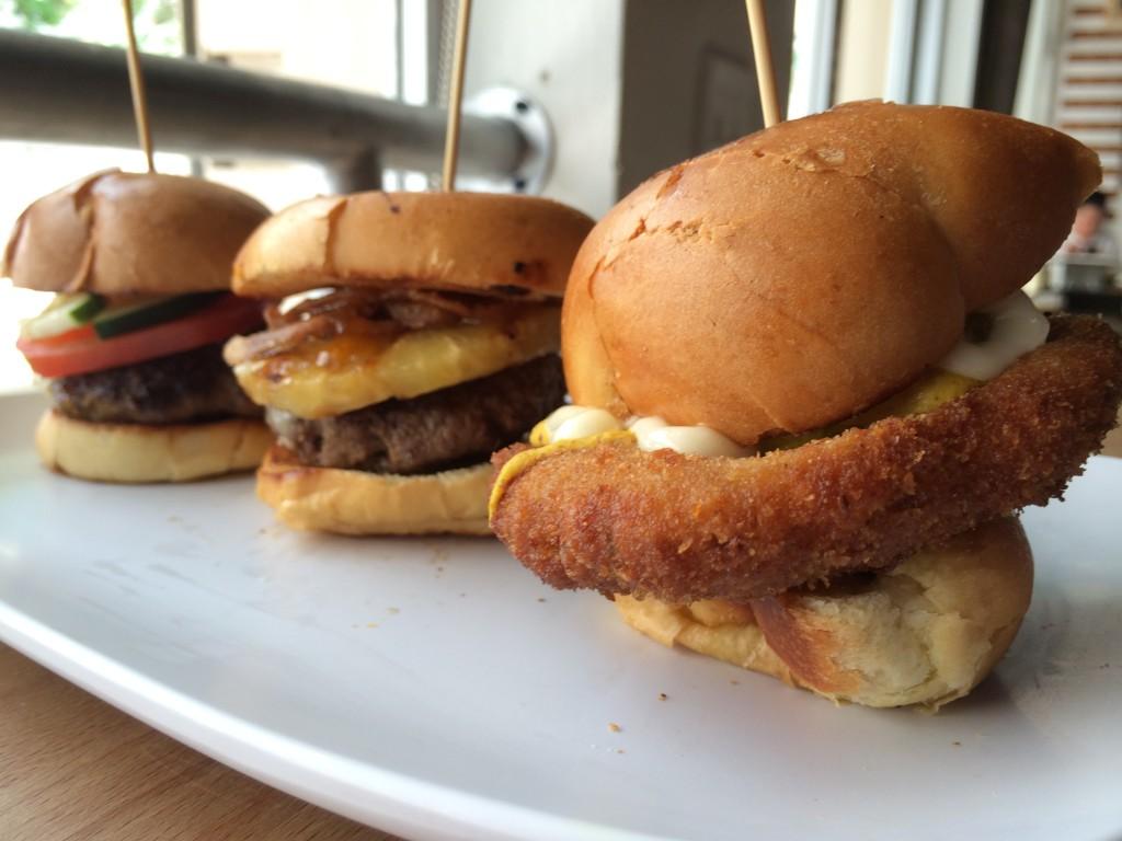 Miami_Burger_Week_End_Burger_Conquest_FL_Pincho_Factory_Burger_Brunch_Burger_Maker_051014_5020