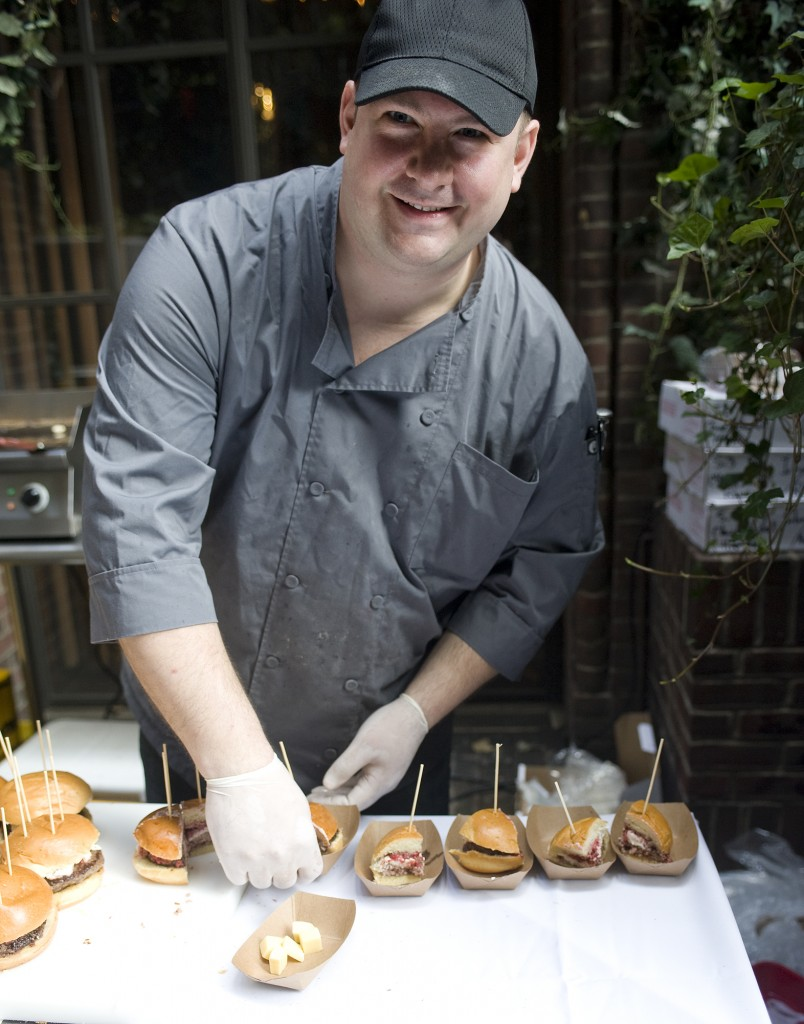 NY_The_Burger_Week_NYC_2014_Event_NY_Burger_Feast_Hudson_Hotel_Bash_NY_Burger_Feast_Burger_Maker__0007