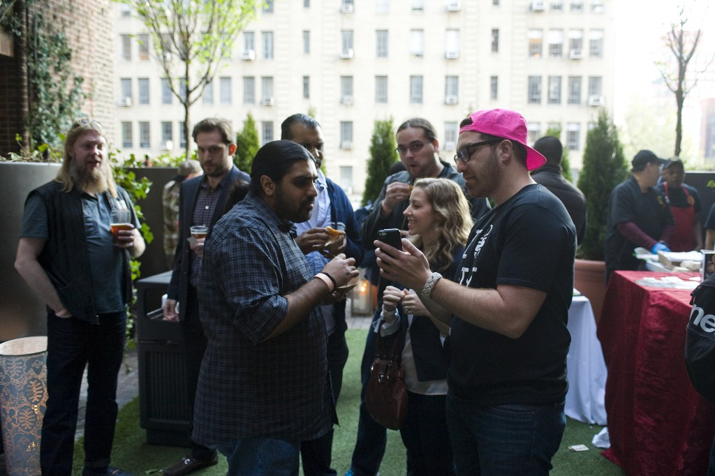NY_The_Burger_Week_NYC_2014_Event_NY_Burger_Feast_Hudson_Hotel_Bash_NY_Burger_Feast_Burger_Maker__0163