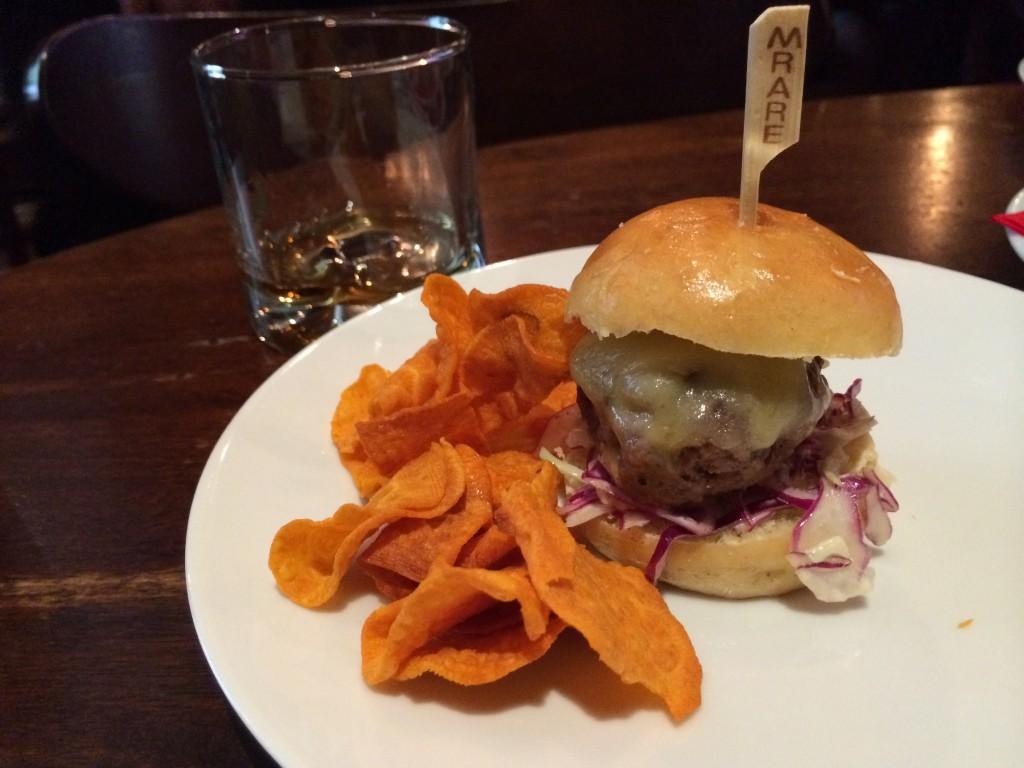 NY_The_Burger_Week_NYC_2014_Rare_Bar_And_Grill_Boozy_Burger_brunch_050414_4381