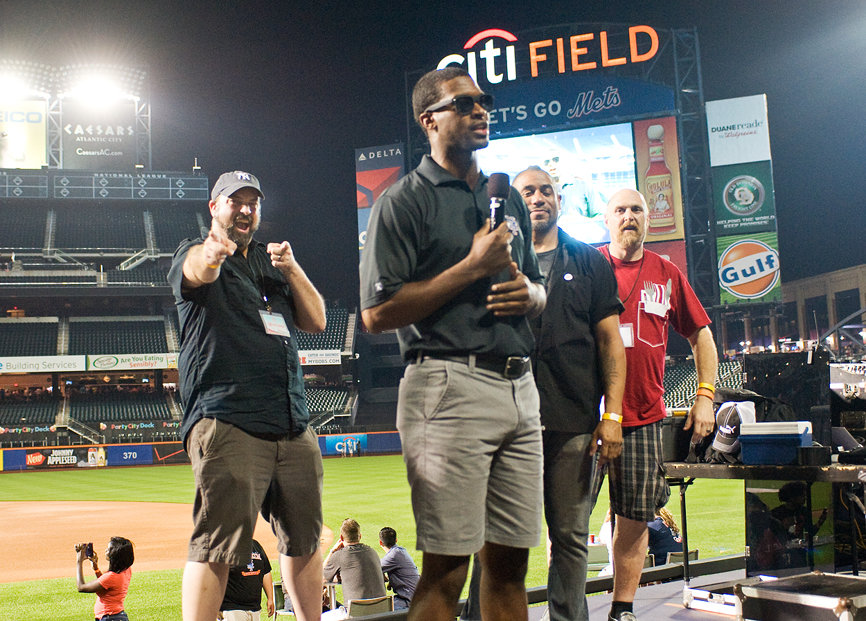 bacon_and_beer_classic_nyc_citi_field_2014_burger_conquest_winners_photos_information_56