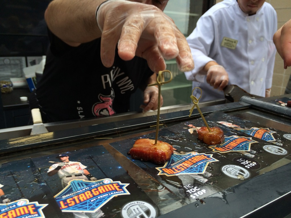 bacon_and_beer_classic_nyc_citi_field_2014_burger_conquest_winners_photos_information_8981