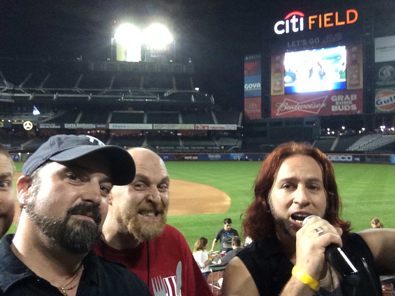 bacon_and_beer_classic_nyc_citi_field_2014_burger_conquest_winners_photos_information_9105